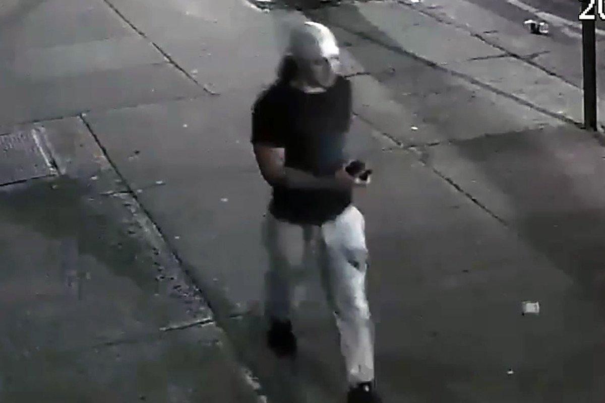 Serial subway cell phone bandit made getaway on tracks: cops https://trib.al/vs4DoSB