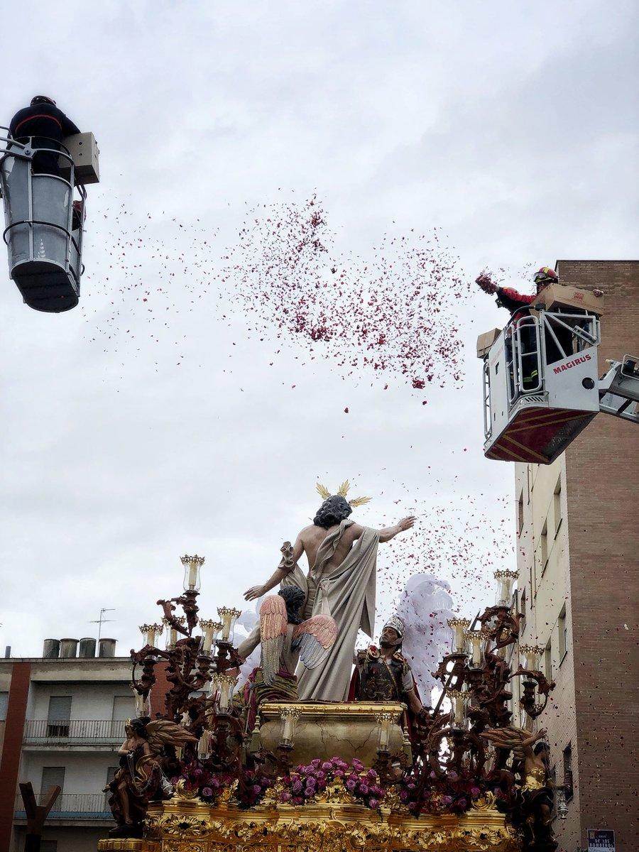 Domingo de Resurrección: @PasiondeLinares @HdadResurrecion