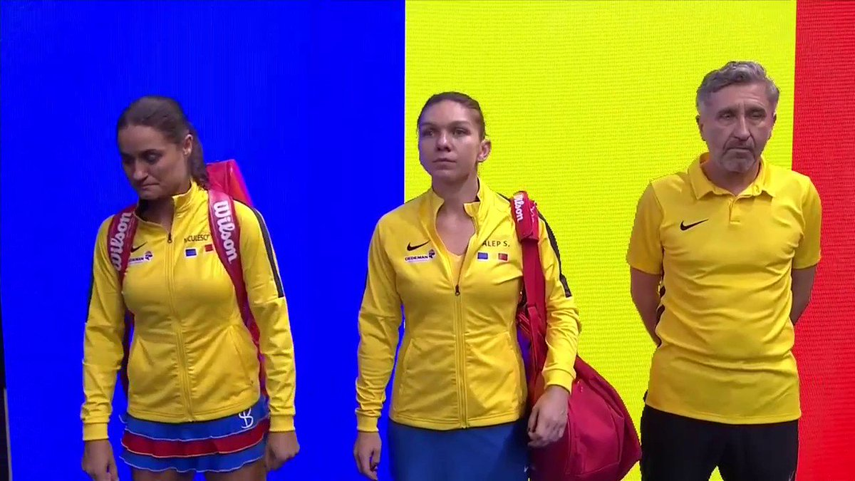So, here we go. It all boils down to this. How are your nerves? 🇫🇷2-2🇷🇴 #FedCup #FRAROU