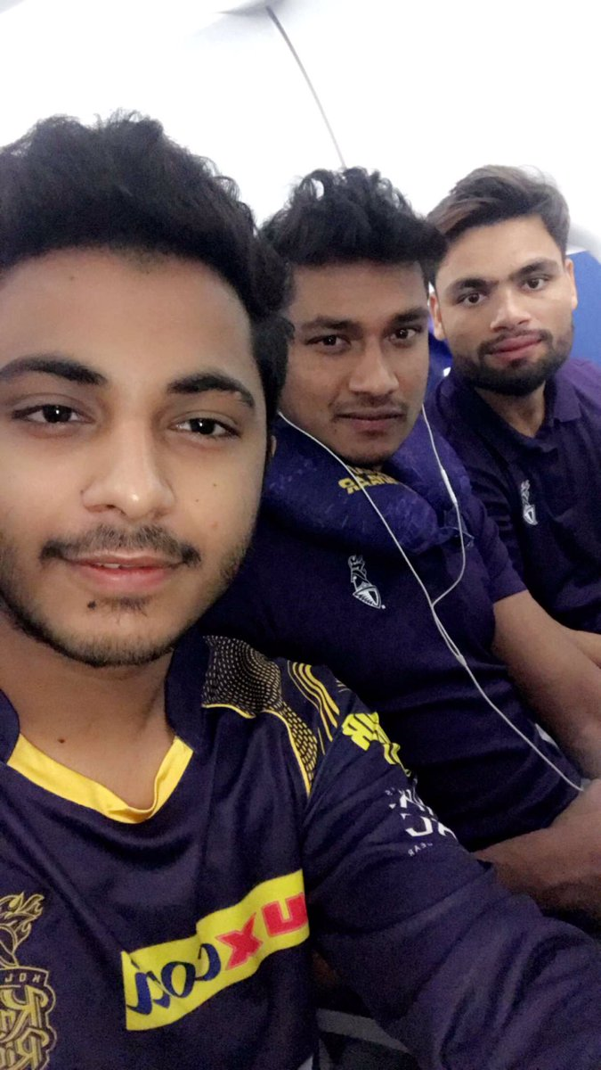 I really had some amazing time with Inshank Jaggi, Rinku Singh & Apoorv Wankhede.😍  I really wish to watch @KKRiders live in action at Kolkata. @NokiamobileIN you can make it possible. #FingersCrossed   #GameOn #KKR #NokiaMobile