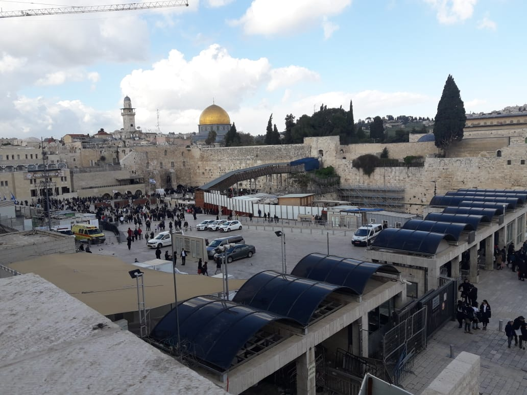 Despite the cold weather, the Old City of #Jerusalem was still full of people celebrating #Pesach . #Passover #Israel #Jews #Judaism Here are some photos: