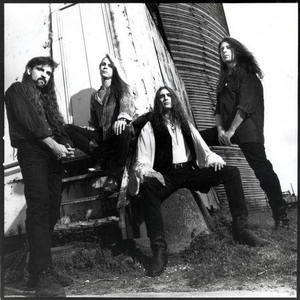 #nowplaying  #radio #music #np Morning Sun (Acoustic Version) (Bonus Track) by Savatage Download the Live365 app Find Electric Circus Radio and listen #nowplaying #music #music #rock #radio http://electriccircusradi.wixsite.com/mysite