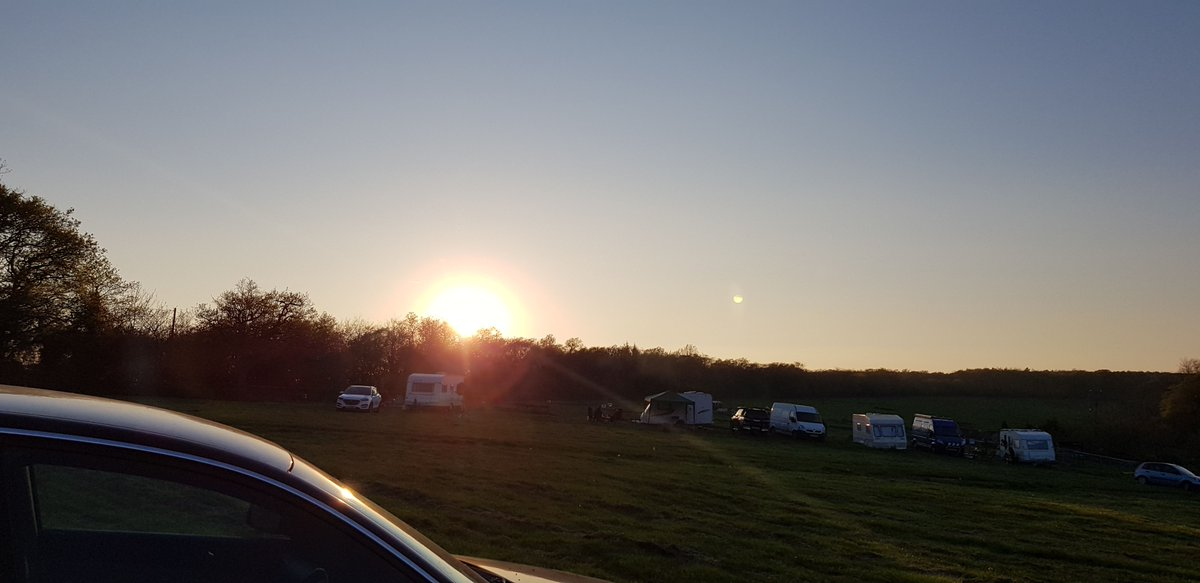 A beautiful sunset to end a brilliant day  Cant wait to see what adventures we have tomorrow  #suzytheexplorer #unplannedroadtrip #camping #roadtrip #devon #driving #ontheopenroad #travel #travelblog #travelblogger #travelblogging #blog #blogger #blogging  https://buff.ly/2GIwIDJ