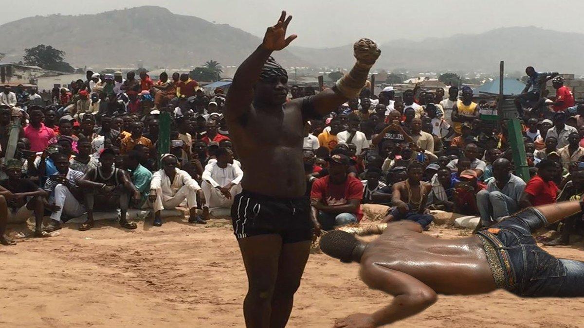 Ali Kanin Bello knockout Babangida Kyande in third round & received