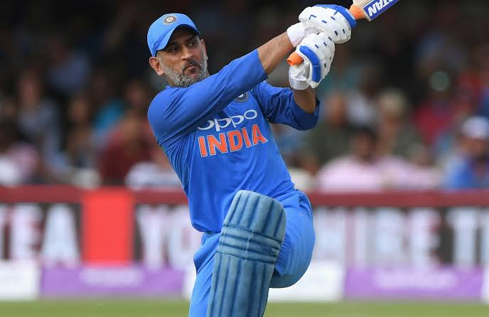 RT @SSMusicTweet: Who else want to see the same innings from #MsDhoni till July 2019 😎🔥 #CWC19 https://t.co/aKqiIotpuf