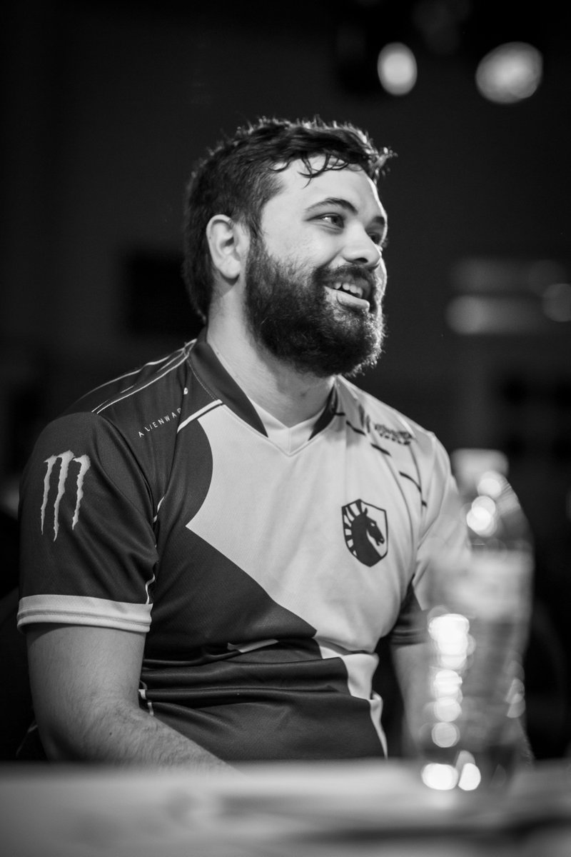 A big congratulations to @LiquidHbox and @TeamLiquid from all of us at #Pound2019   : @nkp_photography <br>http://pic.twitter.com/QJZGMMc5Dt
