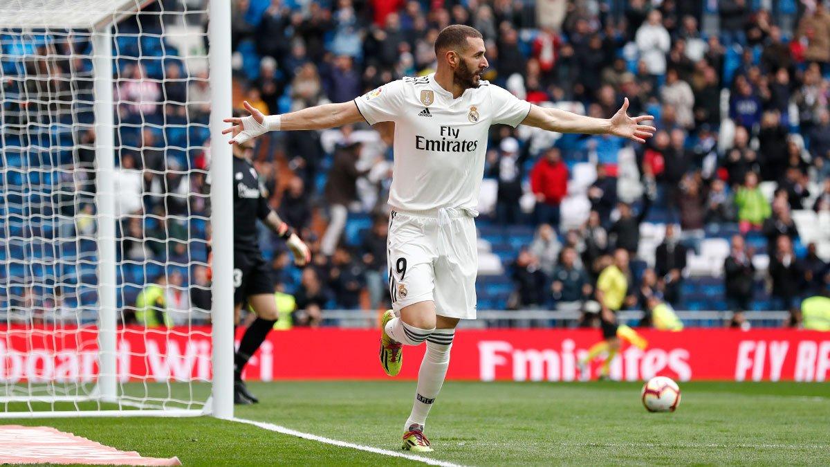 Ghi hat-trick vào lưới Bilbao, Benzema qua mặt Ronaldo