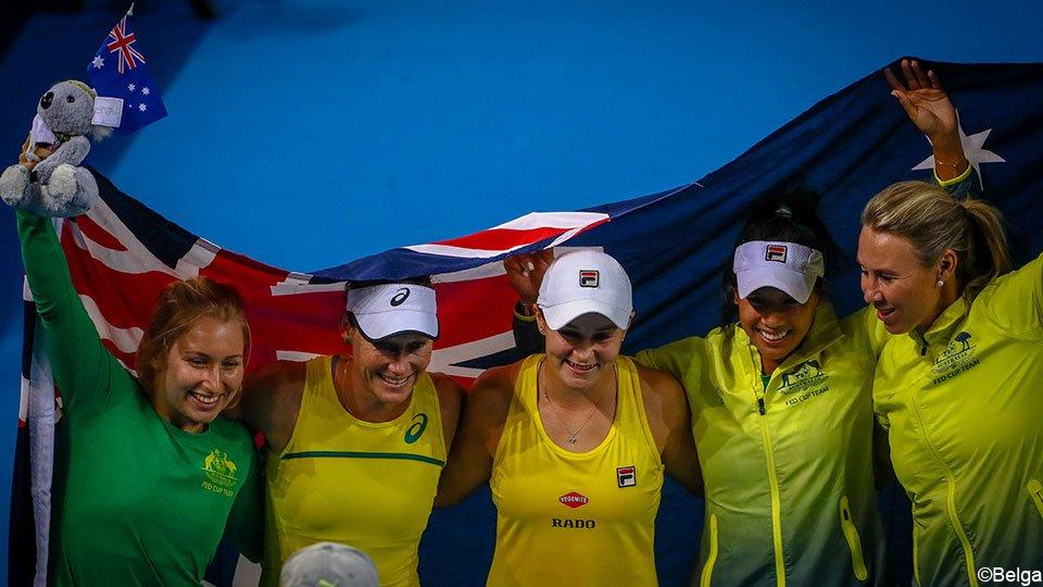 Frankrijk 🇫🇷 en Australië  🇦🇺 halen finale van de #FedCup na 2 thrillers  https://api.sporza.be/permalink/web/articles/1555877149359… 🎾