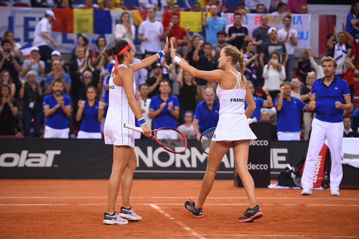 DEMI-FINALE FED CUP 2019 - Page 4 D4tFMoCWsAcwR7O