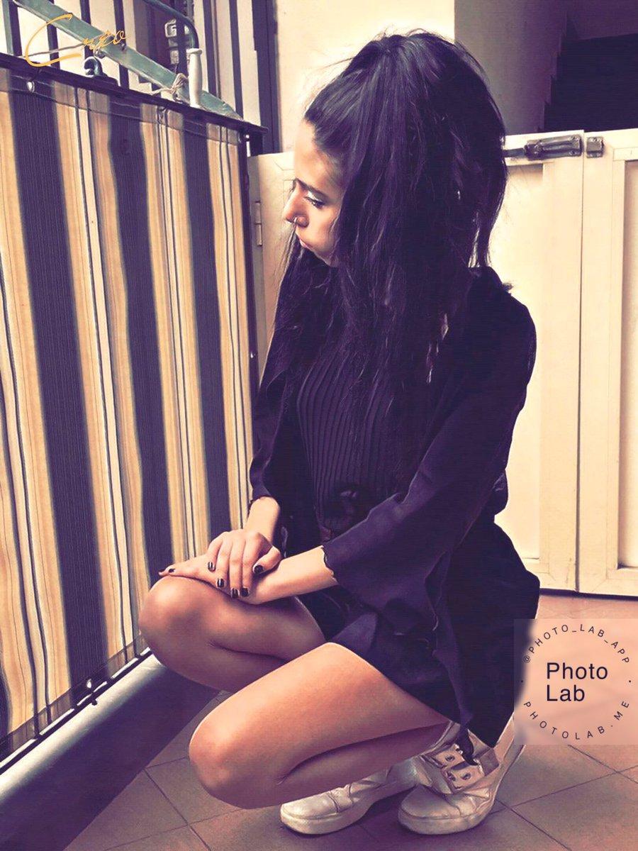 I feel like I'm waiting for something that isn't going to happen.💧 #21aprile #giveaway #WeLoveTheEarth #womenshistorymonth #LikeForLikes #tumblr