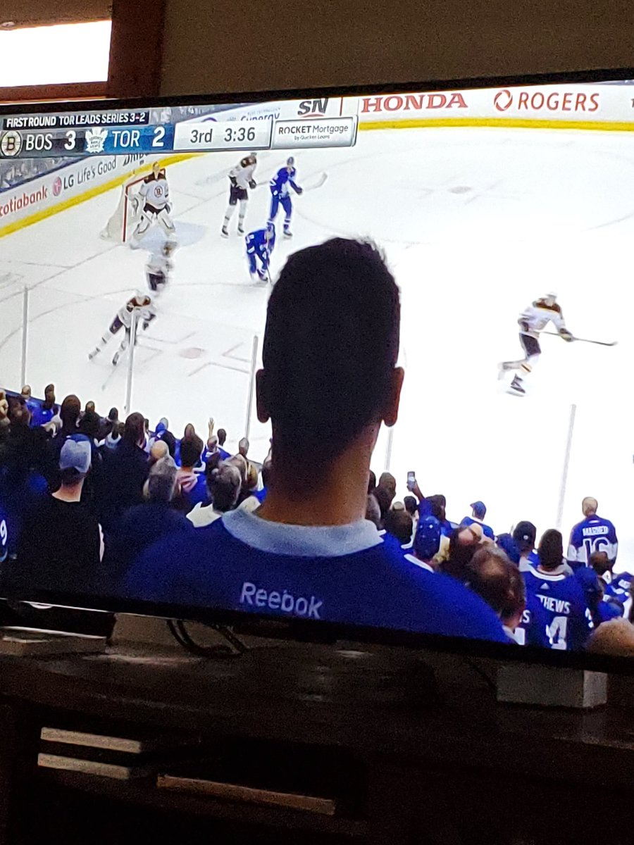 RT @mjhogan29: This guy is ruining my viewing experience. #BOSvsTOR #NHLPlayoffs https://t.co/Ddt0iwXG4y