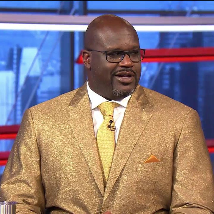 .@SHAQ brought out the special suit for Easter 👀😂