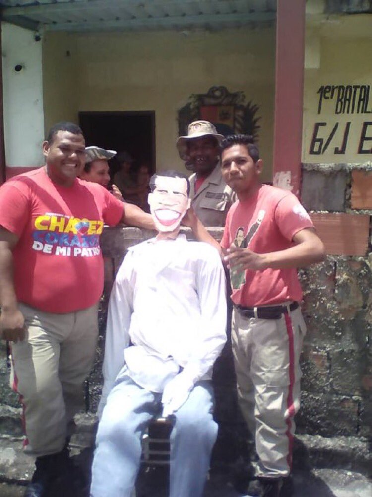 (Fotos) Ya no lo quiere nadie: Juan Guaidó fue el Judas más quemado por los venezolanos D4tfndyXoAEF2ZT