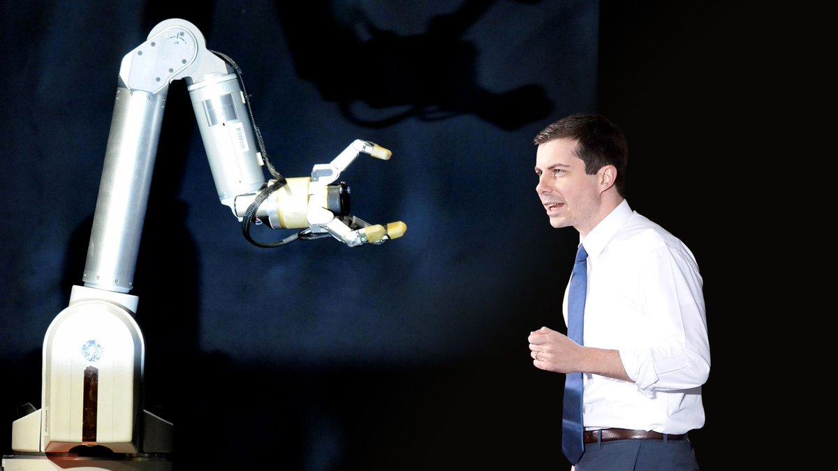 Pete Buttigieg Stuns Campaign Crowd By Speaking To Manufacturing Robots In Fluent Binary trib.al/i6xR23p