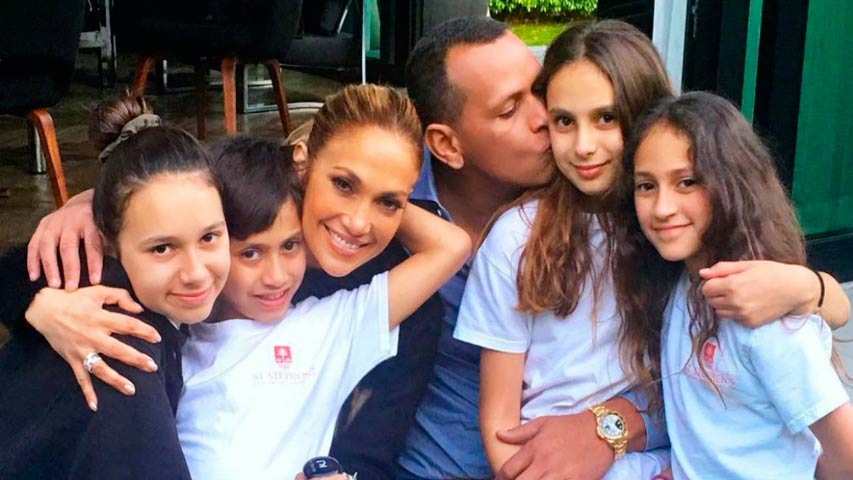 Unión Radio Noticias's photo on Jennifer Lopez