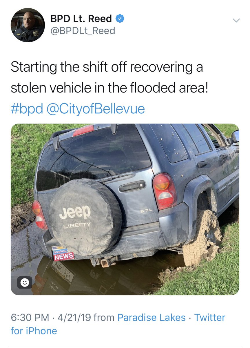 This is what happens when you let @BPDLt_Reed tweet. He covered the plate of the recovered stolen vehicle but no one will ever see the reflection of the plate in the water.<br>http://pic.twitter.com/k8R0QjGsLX