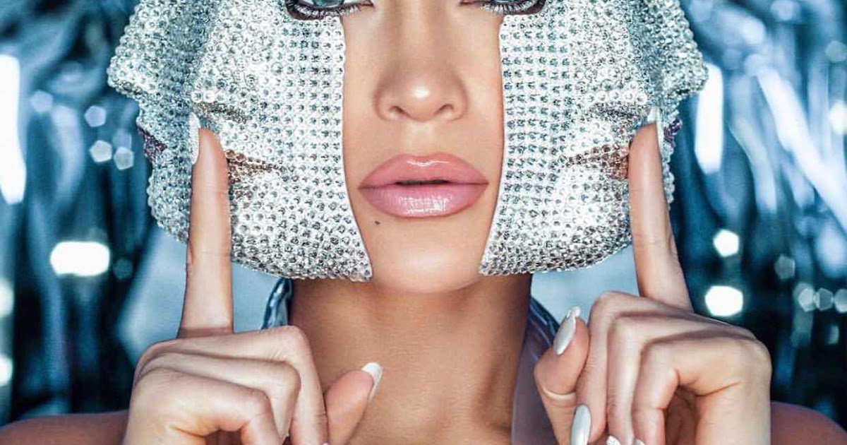 RAW-HOLLYWOOD.COM's photo on Jennifer Lopez