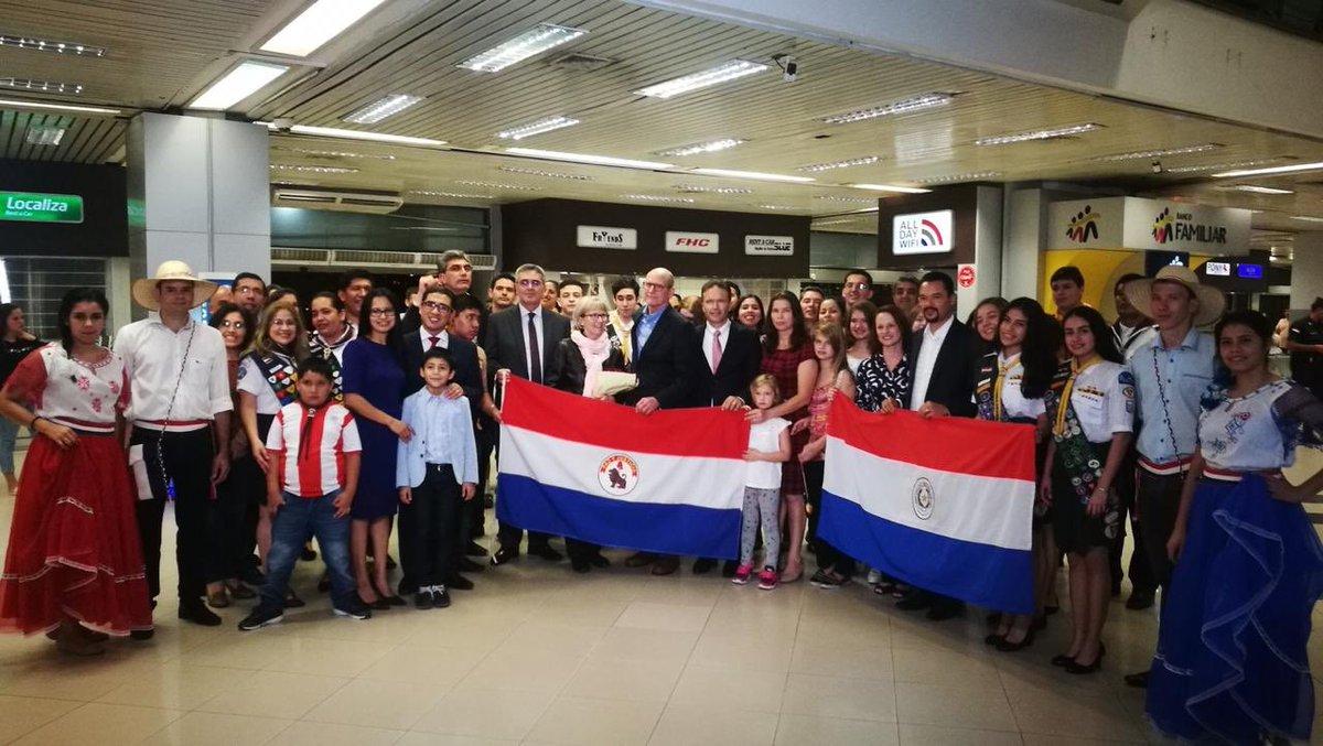 Con gran alegría recibimos hoy la visita del @pastortedwilson (Presidente Mundial de la IASD) y a su esposa Nancy Wilson. Además de contar con la presencia del @prertonkohler (Presidente de la IASD en Sudamérica) ...