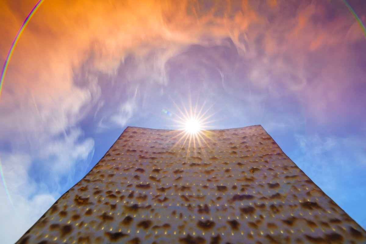 Happy #Passover 2019 to all of my Family & Friends, & now presenting: The Mighty #Matzah Monolith of Righteousness!!! (no less than 5 brave Matzah were lost during the taking of these pictures) 😳✡️🌇📸🤨 #HappyPassover #Passover2019 #Detroit #Michigan #Jewish #Sun #LensFlare