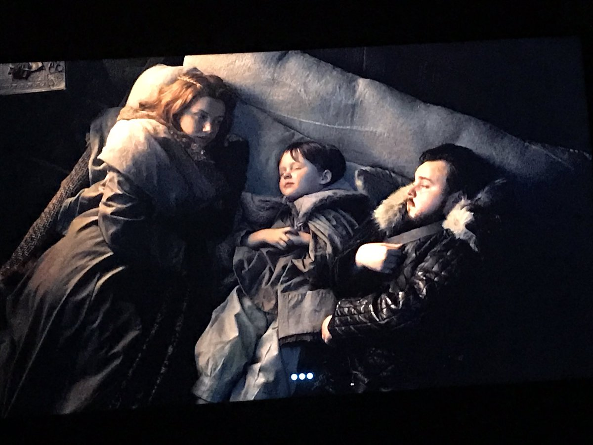 Fun fact: Gilly and Samwell also played that old couple cuddling at the end of Titanic. #GameofThrones <br>http://pic.twitter.com/pou8ADJbjs