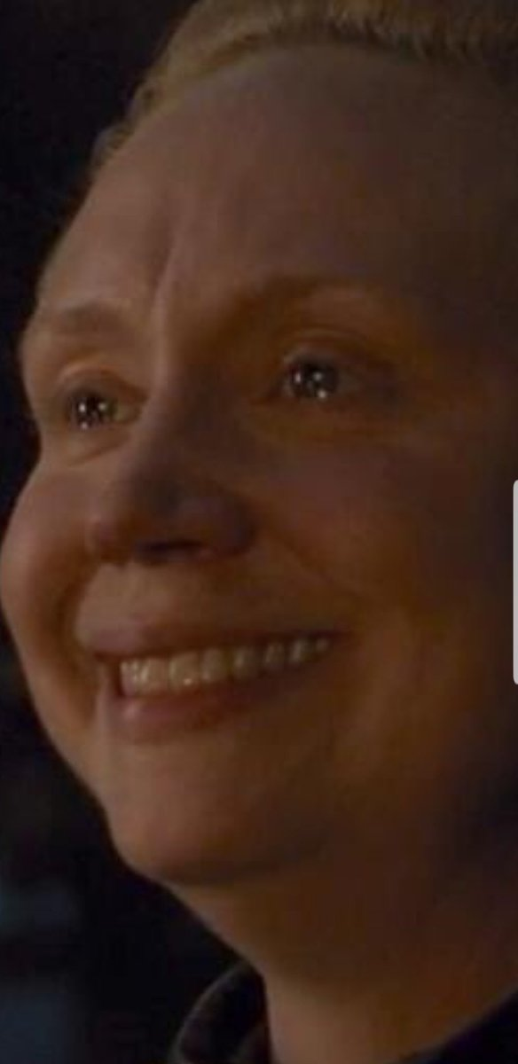 Me holding back my tears knowing this is gonna be last time everyone alive together but still looking forward to next ep #GamefThrones <br>http://pic.twitter.com/zkam1p03oX