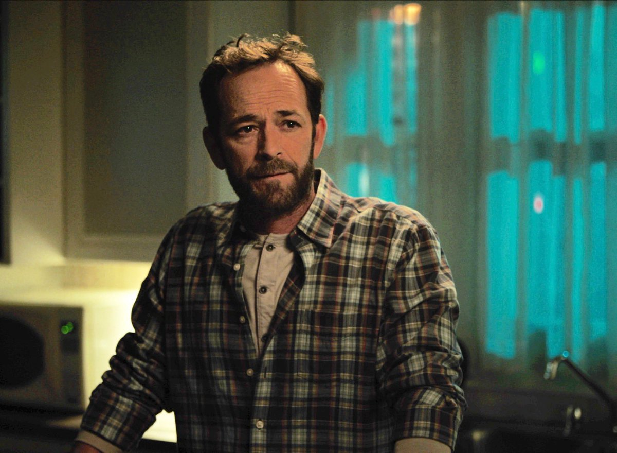 'Riverdale' says farewell to Luke Perry with the actor's sweet and poignant final scene