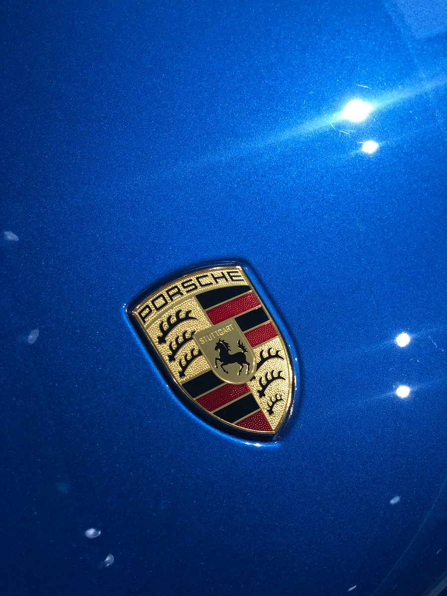 Can you guess all 4 colours? Comment Below   #Porsche #HappyMonday #guess<br>http://pic.twitter.com/ell4QWr1CA
