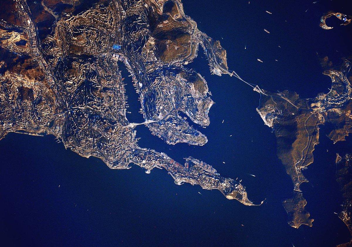 это самое дальнее фото из космоса укор вам говорю