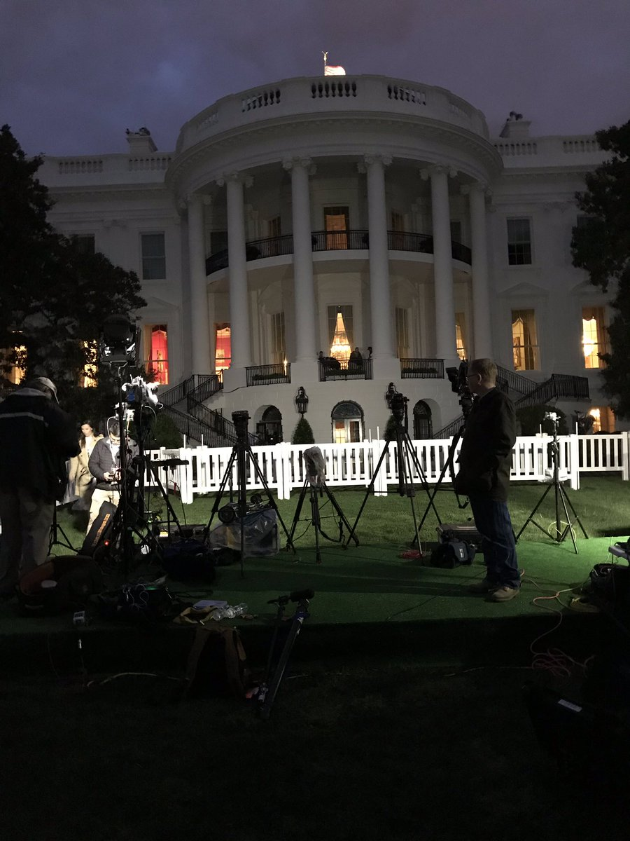 #EGGROLL2019 is about to begin at the  @WhiteHouse. Families are expected at 7am. @wusa9 #GetUpDC @NatlParkService #REALMATTERS @Starbuck1004<br>http://pic.twitter.com/KAF1DmAO3n