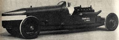 91 years ago today (22 April 1928) Ray Keech set a one-mile land speed record of 207.552 mph driving the 81 litre triple-engined internal combustion White-Triplex at #Daytona Beach, US. http://bit.ly/2PlL8LR