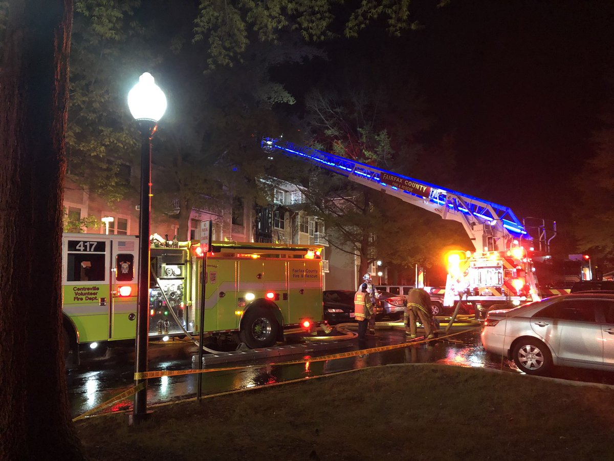 Tough morning for some Centreville neighbors, and a tragic one for one family, after a fire broke out at an apartment complex. One person was found dead inside. #GetUpDC @wusa9<br>http://pic.twitter.com/rFDC2615pC