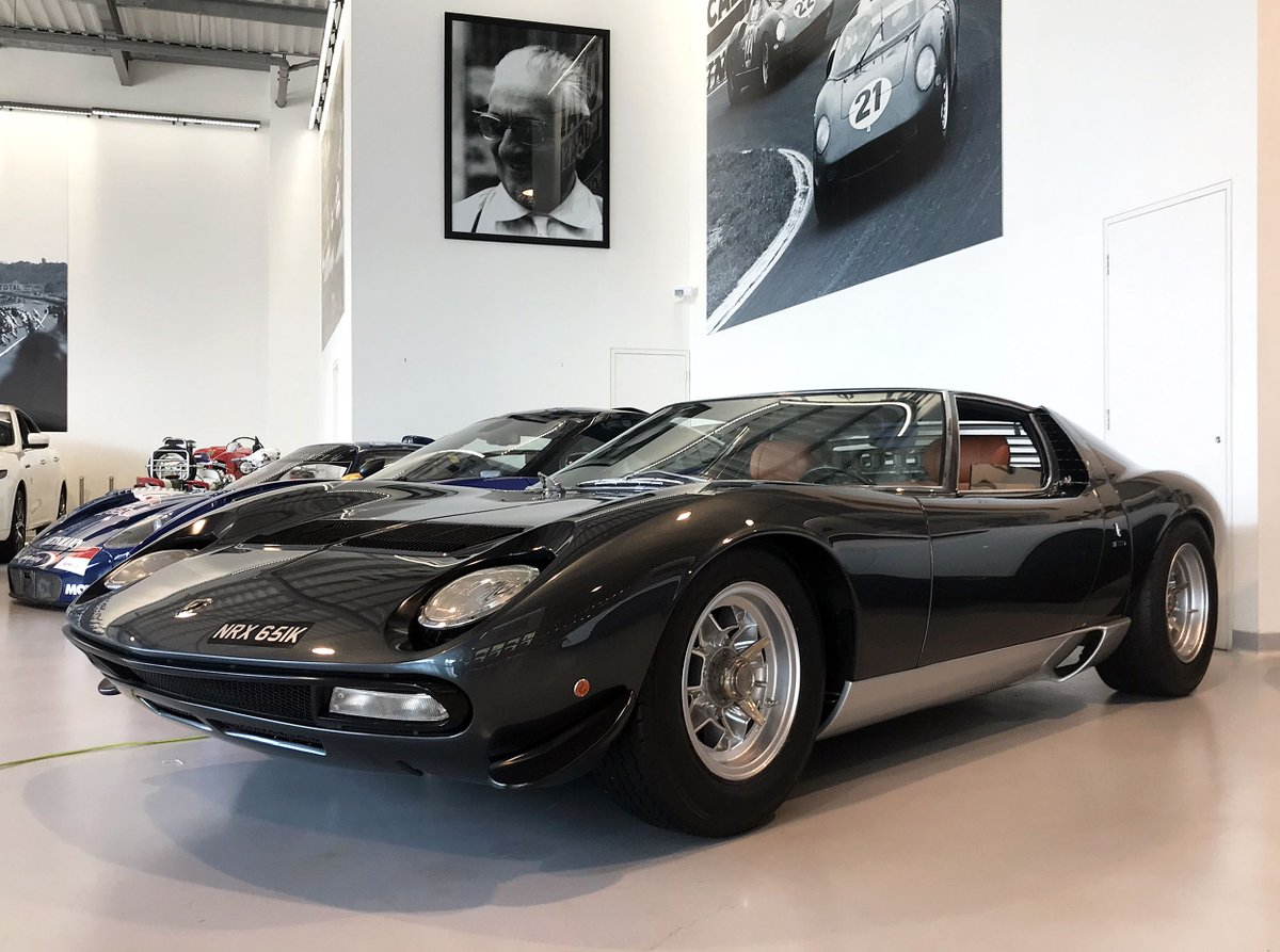 Enzo is all smiles here but below his picture is a stunning 1972 #Lamborghini Miura SV – a snip at £2.6 million if you&#39;re in the market… According to the ad, this particular car was discovered under a hoard of cardboard boxes in a Riyadh warehouse owned by the Saudi Royal Family <br>http://pic.twitter.com/K4mgyIXQeS