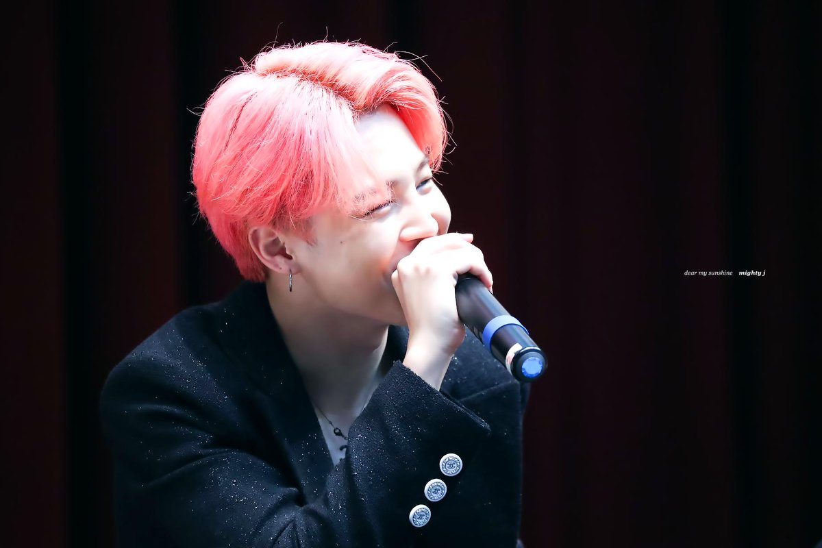 190421 #지민 #JIMIN how could so much love be inside of you? <br>http://pic.twitter.com/WWkBYnTjc5