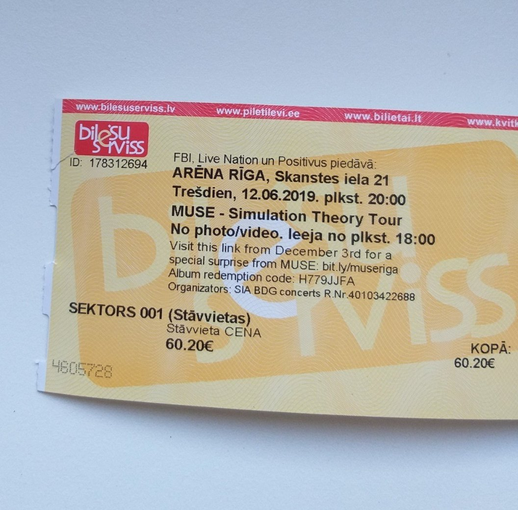 (alright I'll try again)  I'M SELLIN A STANDING TICKET FOR MUSE #simulationtheory JUNE 12TH FOR 40€ !!!! https://t.co/krDBHf93Vv