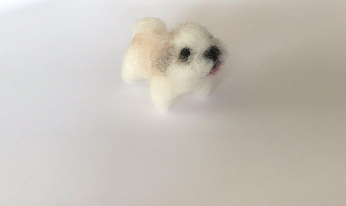 もうすぐ完成予定のシーズー。  ミニチュアは難しいです(^_^)  ちょっと太ったシーズー犬になってきたので、修正します☆  ミンネ http://minne.com/teaplus  #犬 #minne #マスコット #羊毛フェルト #ぬいぐるみ #しーずー #いぬ #新作 #一点物 #ミニチュア #ハンドメイドライフ #手作りpic.twitter.com/9rEkfxOj3w