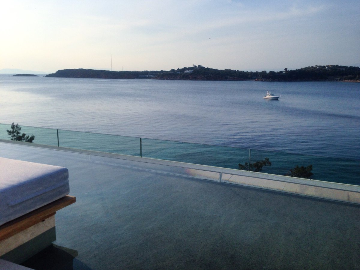 Alexandra Lefopoulou on Twitter: Blue space: That incredible feeling of peace and calmness....the combination of soothing smells and sounds of water on the brain. #fourseasonsathens #asteras #vouliagmeni #greece #exploregreece #serenity #sealover #newluxury…