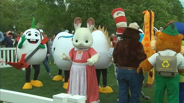 Hopefully there is not a pussy at the Easter Egg Roll @realDonaldTrump might be tempted to grab it on his way to The Be Best Hopscotch! #GetUpDC <br>http://pic.twitter.com/xIglRtmB5J
