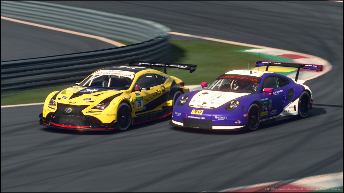 #UALUTM Round 1 Race 1 Last week saw @Apex_WhiteOut almost getting P2 in race 1 but unfortunately suffered from a gearbox issue witch fouced a retirement.  @stevepye18 had a great drive from start to finish and brought the car home in P3!<br>http://pic.twitter.com/rwGCBilCRw