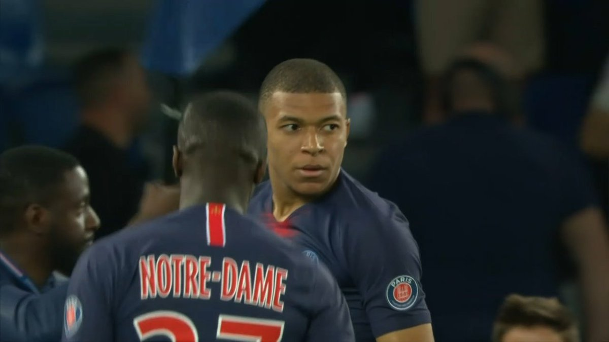 Kylian Mbappe's hat trick against Monaco makes him the youngest player to score 30 goals in a single Ligue 1 campaign 🔥 Only Lionel Messi has more goals in Europe's top five leagues this season.