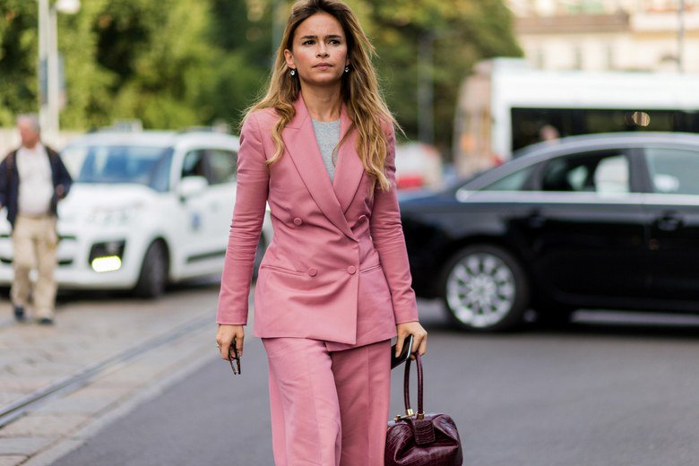 Onetime Street Style Star Mentioned in the Mueller Report https://www.vogue.com/article/miroslava-duma-named-in-mueller-report… #vogue #latest #streetstylestar #runway #beauty #Americansstylepic.twitter.com/iXyKbL4qxC