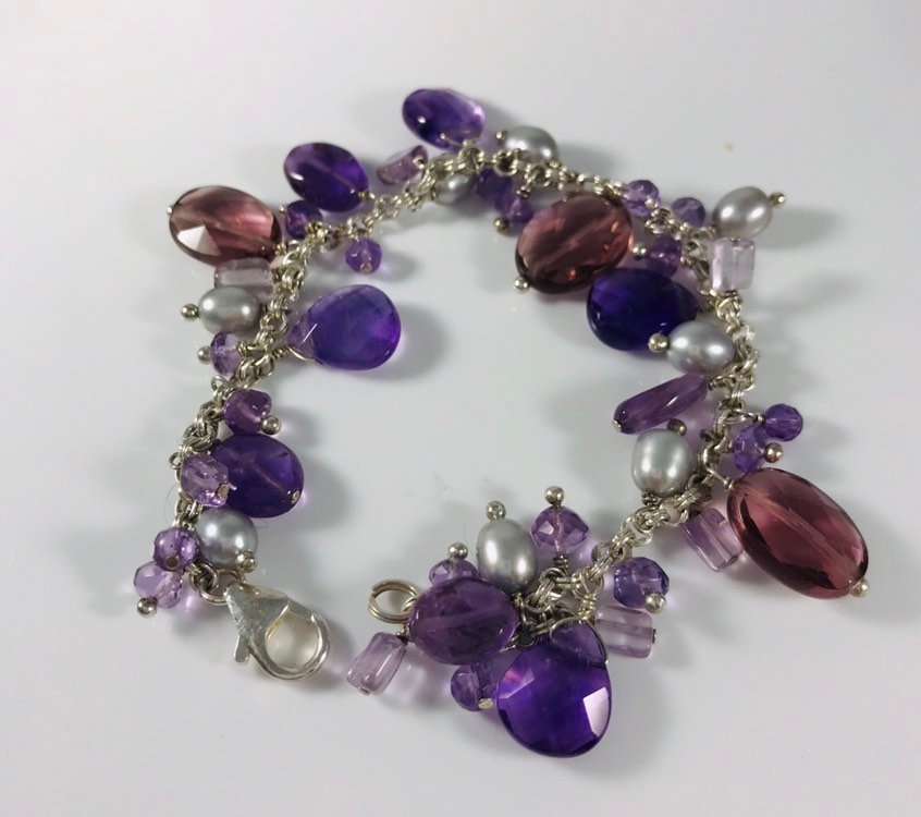 Excited to share the latest addition to my #etsy shop: Vintage Amethyst Pearl Sterling Beaded Bracelet https://etsy.me/2W0961A  #jewelry #bracelet #marked925 #chachaitem #beadedbracelet #violetsilvergray #presentforher #femininelook #collectibleitempic.twitter.com/hd2yOVTqVF