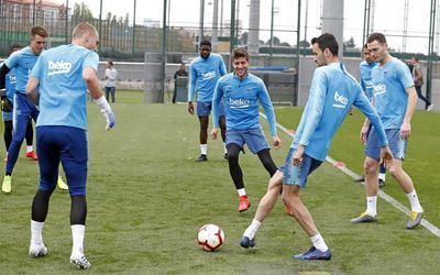 test Twitter Media - 🎥 LIVE! 🎥 COMING UP NEXT! At 6pm CEST, watch today's Barça training session ahead of #AlavésBarça! 👉 https://t.co/6WcHLv7TJn https://t.co/89Y3ECFipm