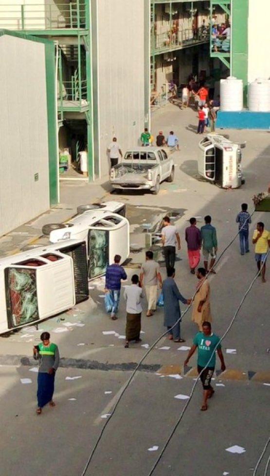 """عمال ملاعب مونديال قطر ينتفضون ضد """"اللانسانية"""". #اعمال_شغب_في_قطر"""