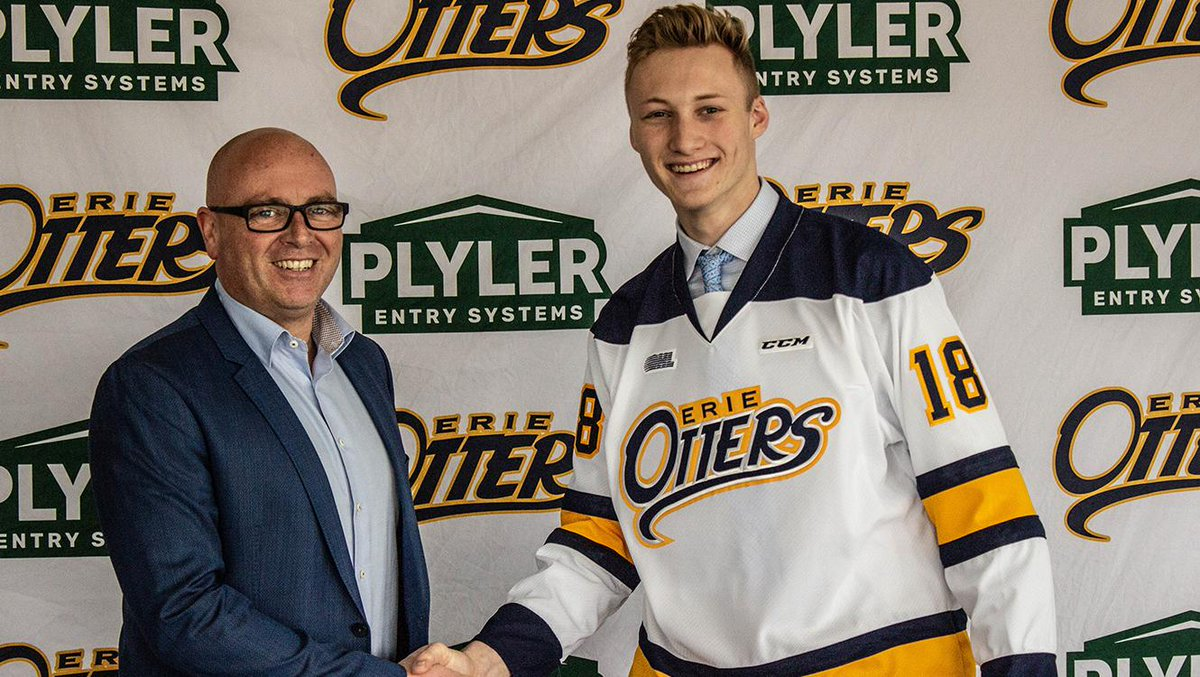 Less than two weeks after helping the DICK'S Sporting Goods @PghPensElite 16U team to the USA Hockey national championship, goaltender Aidan Campbell has signed with the @ErieOtters of the OHL.  Congratulations Aidan!  Details: https://pens.pe/2Uwzmix