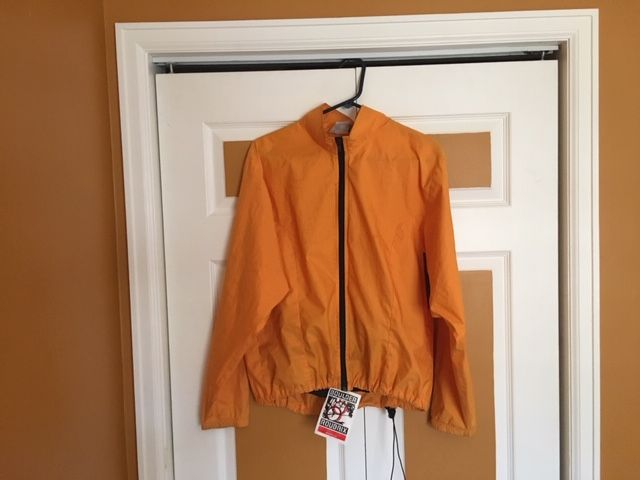 Lost and still unclaimed from Boulder Roubaix Road Race. It's a Sugoi windbreaker size small or medium......... https://t.co/vosx4eXF69