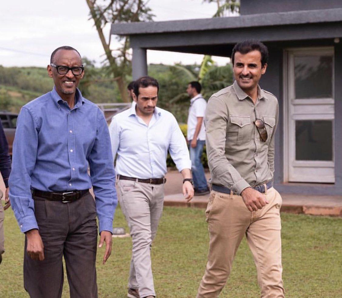 سمو الأمير أثناء تجواله في جمهورية رواندا ♥️