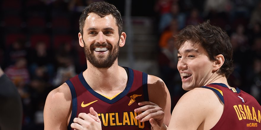 RT @cavs:  *** @kevinlove @NBA Kev's 413 double-doubles since 2008-09 are second only to Dwight Howard (501) in that span.  📸: https://on.nba.com/2Pn9Zi9  #Cleveland #CAVS #AllForOne  #LeBronJames #StriveForGreatness #NBA #NBAAllSta… https://twitter.com/cavs/status/1120394338138083328…