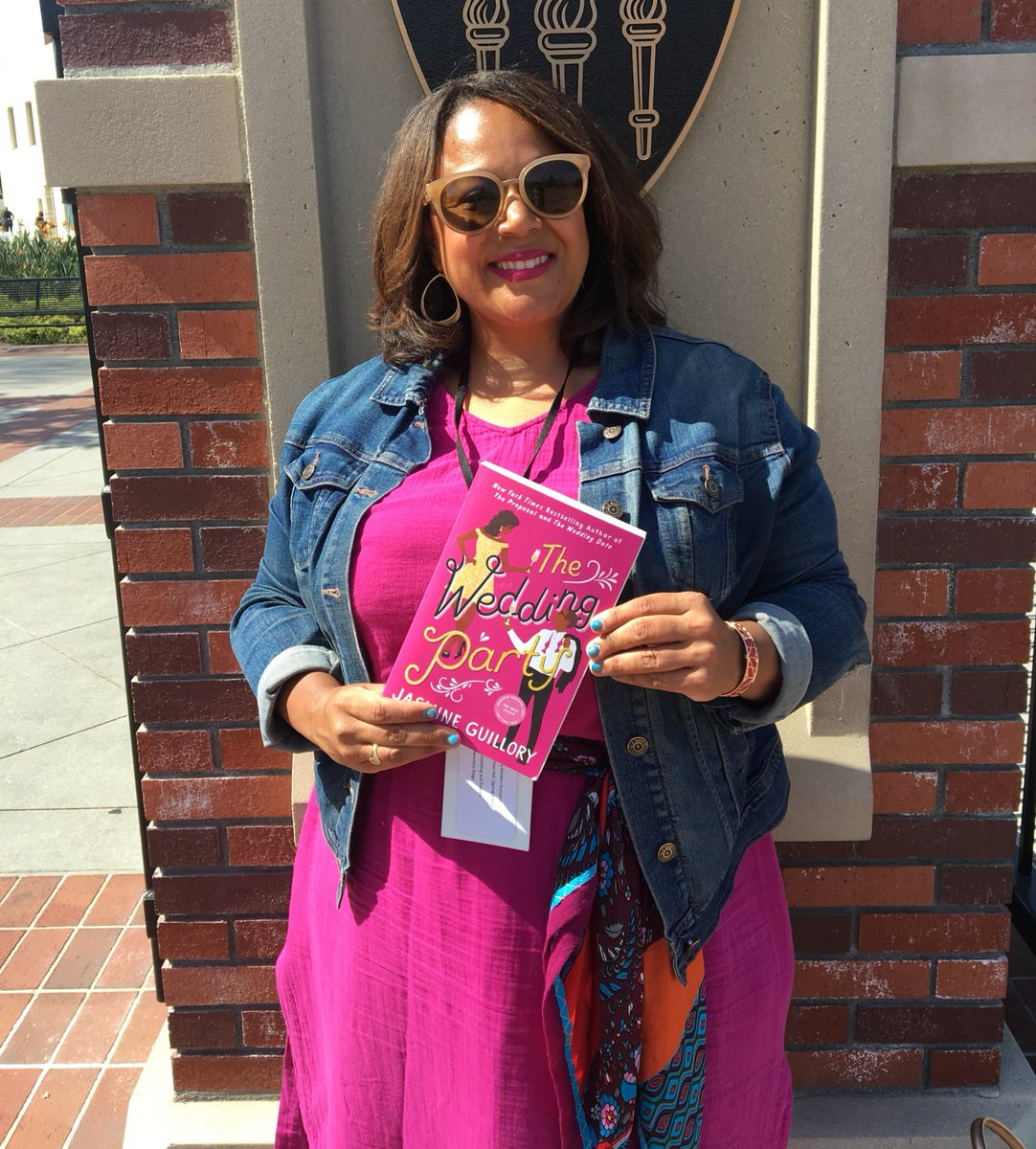 The Wedding Date Cast.Jasmine Guillory On Twitter Here S Me And My Books Buy The