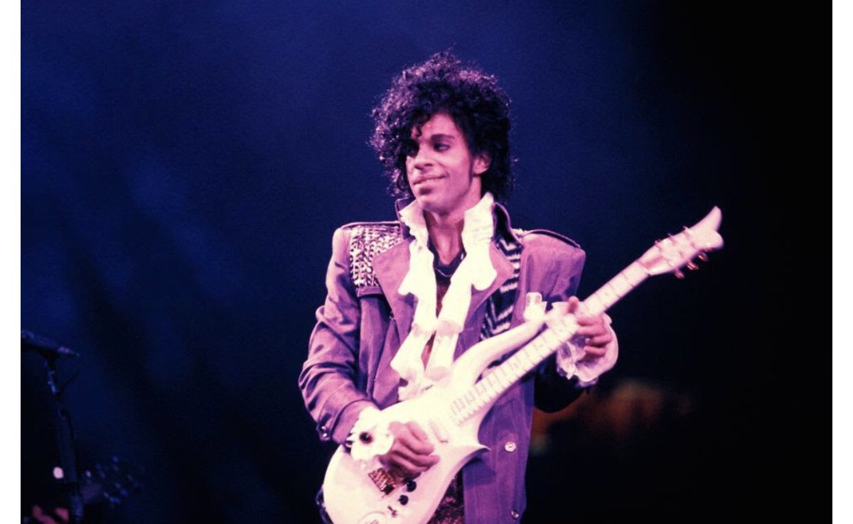 "MAJOR NEWS:  Less than a day after mourning the 3 Year Anniversary of his Death, I'm excited to Announce that on October 29th 2019 they'll be releasing a near 300 Page Memoir by Prince titled, ""The Beautiful Ones."" Stay tuned!  #Prince #Music #Rock #Pop #Soul #Book #1980s #80s <br>http://pic.twitter.com/27ln6D4bPt"