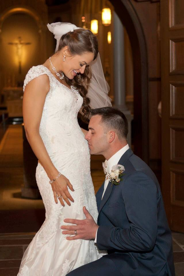 RT @KOLoghlenAus: Pregnancy and weddings work beautifully together. #beautiful #Unplannedmovie #earthday  #motivationmonday <br>http://pic.twitter.com/HIE4AglcNw<br>http://pic.twitter.com/tjmOWN5W3Q